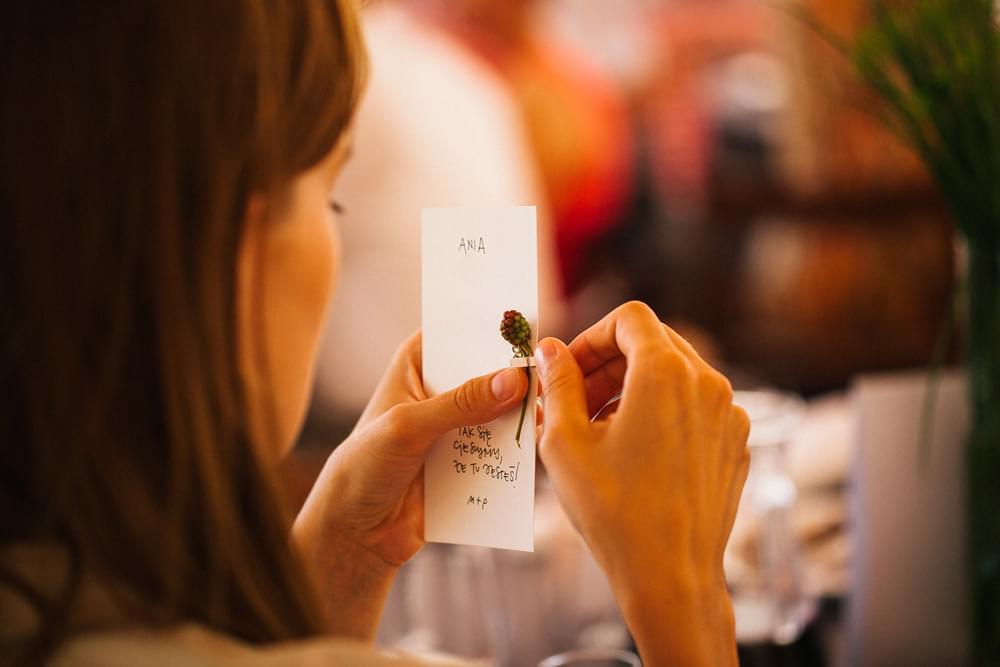 etykietki dla gosci weselnych zdjecie