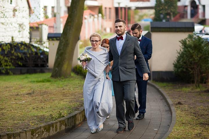 para młoda w dresach reportaż ślubny gdańsk fotograf zdjęcie