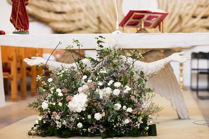 kwiaciarnia alternatywna dekoracje kościoła zdjęcie
