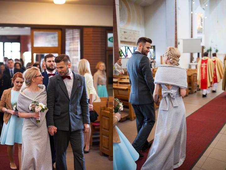 wejście pary młodej do kościoła zdjęcie