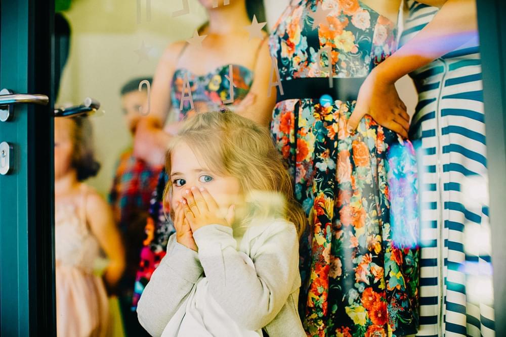 dzieci na weselu zdjecie