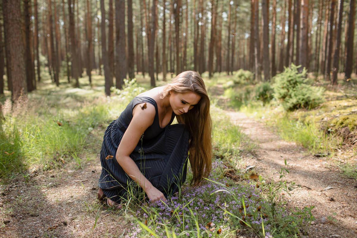 mazury sesja w lesie zdjecie